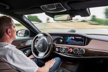 Mercedes-Benz-Autodrive.jpg